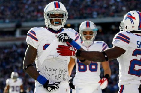 Stevie Johnson, Happy New Year, Rapping
